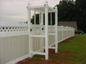 Vinyl Fence 14